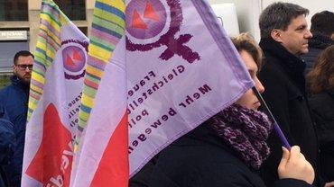 Equal Pay Day 2019: Kundgebung und Fotoaktion am Brandenburger Tor
